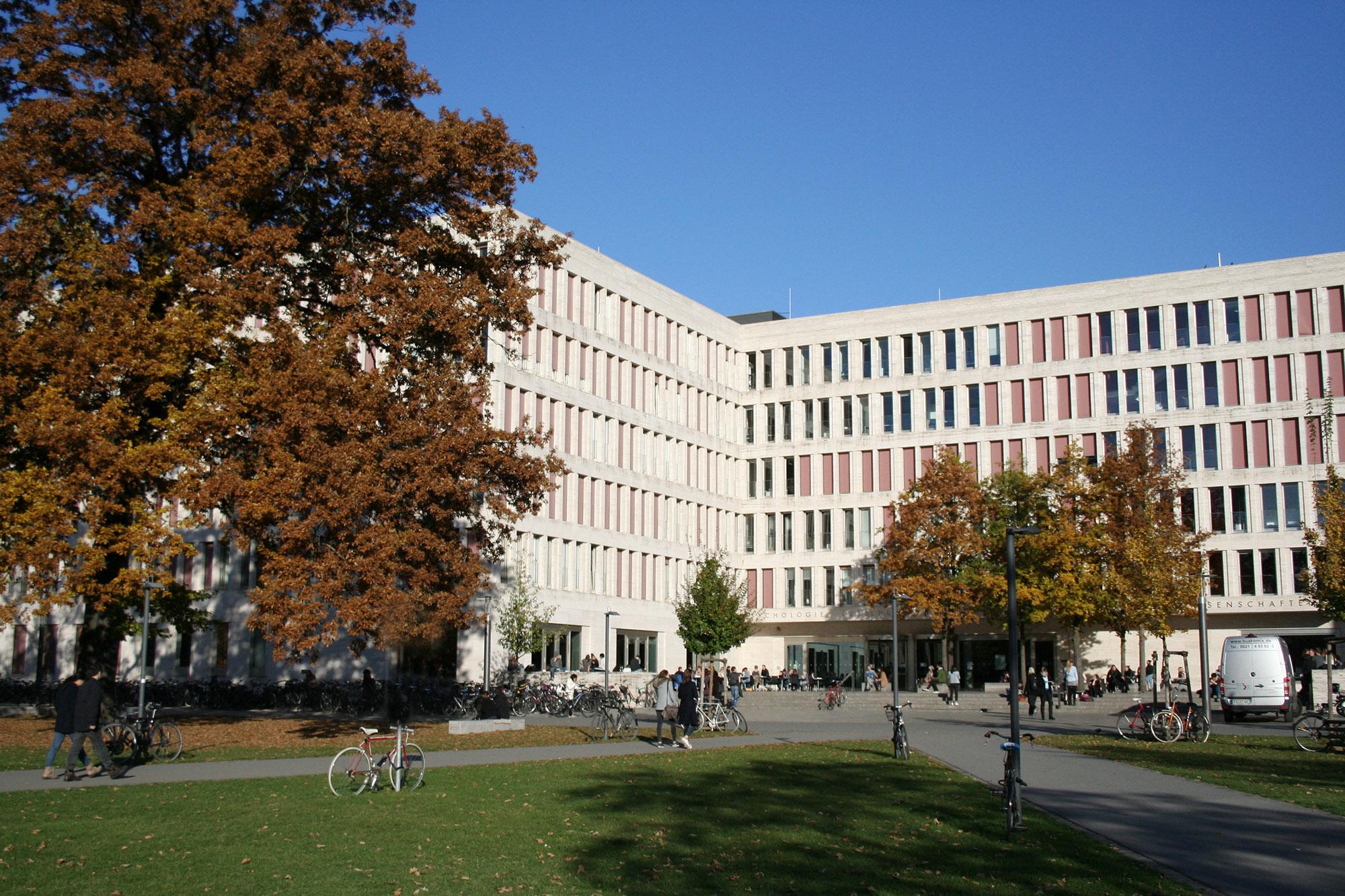 uni-frankfurt-zweitstudium-22